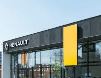 Автосалон Renault, Hyundai - сендвіч-панелі - фото 1